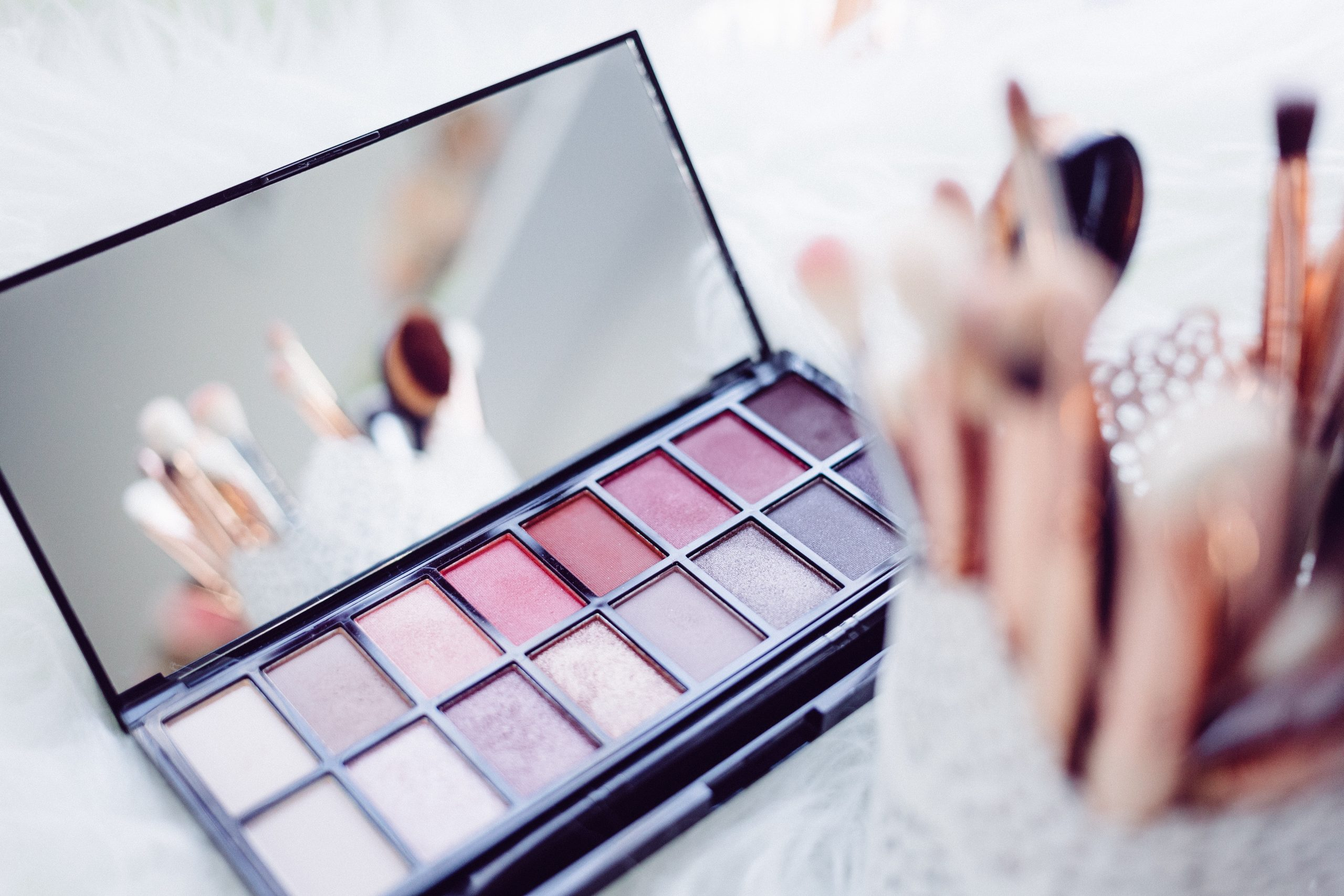 You are currently viewing Benefits of Using Organic Cosmetics