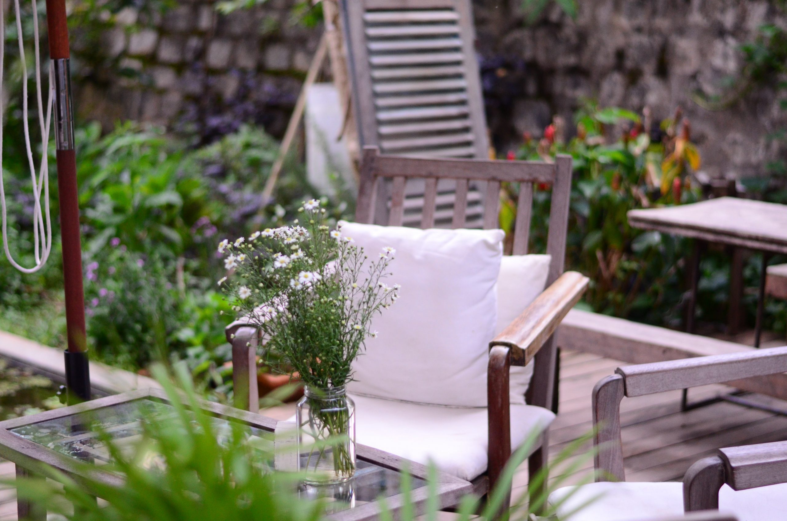 Read more about the article How to Decorate Your Garden with New Patio for Ultimate Relaxation