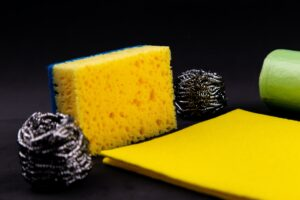 Eco-Friendly Alternatives to Kitchen Sponges