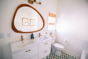 Signs of a Clogged Toilet and How to Fix Them
