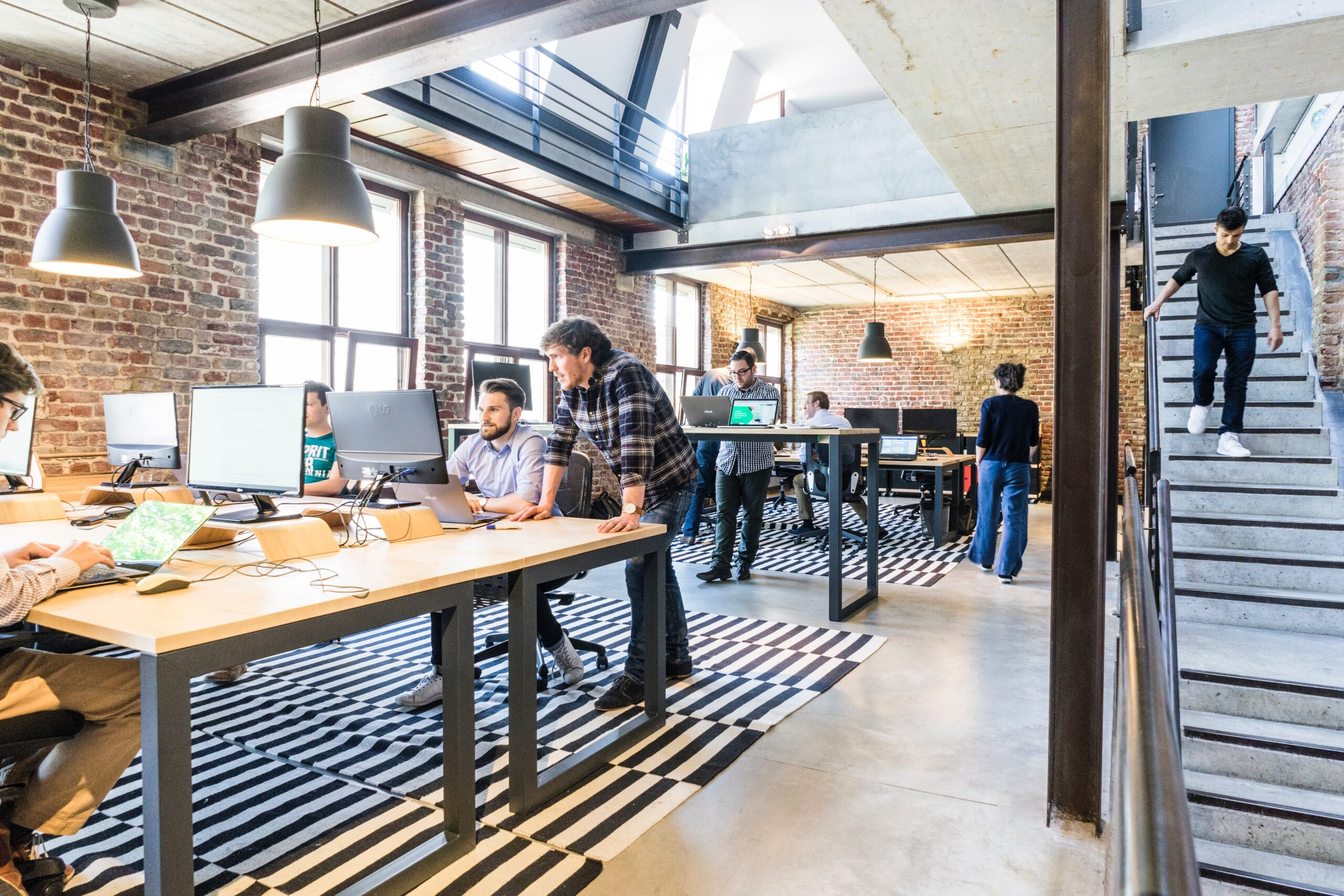 Power Your Modern Green Office with Smart Workplace Technology