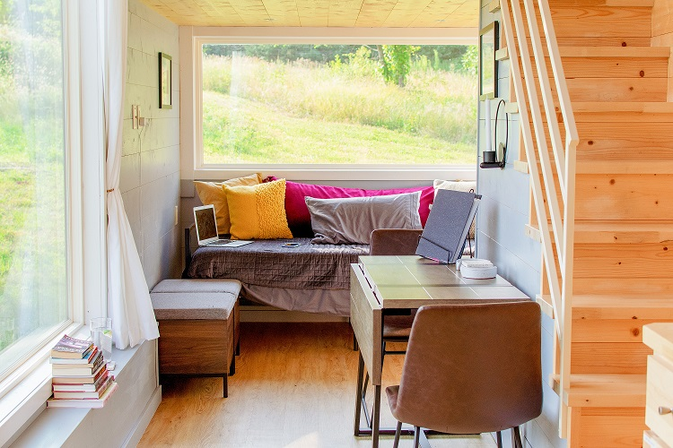 Read more about the article Embracing the Tiny House Lifestyle (Even If You Don't Live in One)
